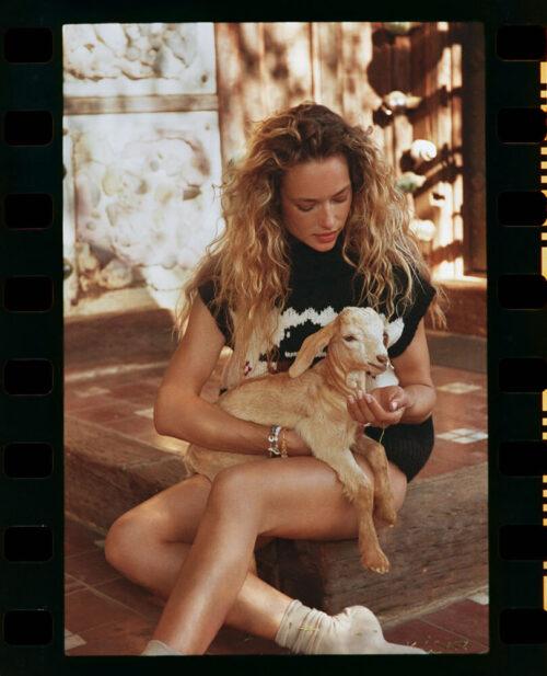 Bazaar Greece Cover Hannah Ferguson2393 copy